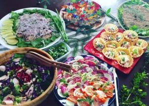 「和紙の器」オモテワシケースを器にした大皿料理の盛り付け