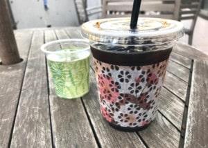 印刷した和紙素材(OMOTEWASHI)のカップスリーブ