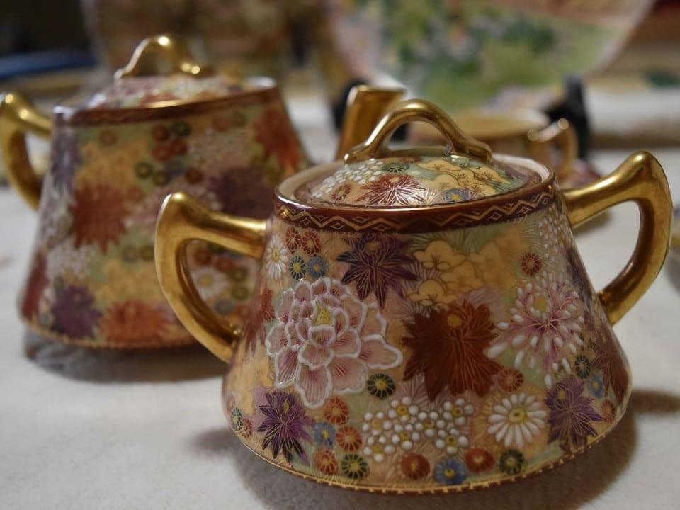 伝統工芸品の陶磁器の特徴と使い方