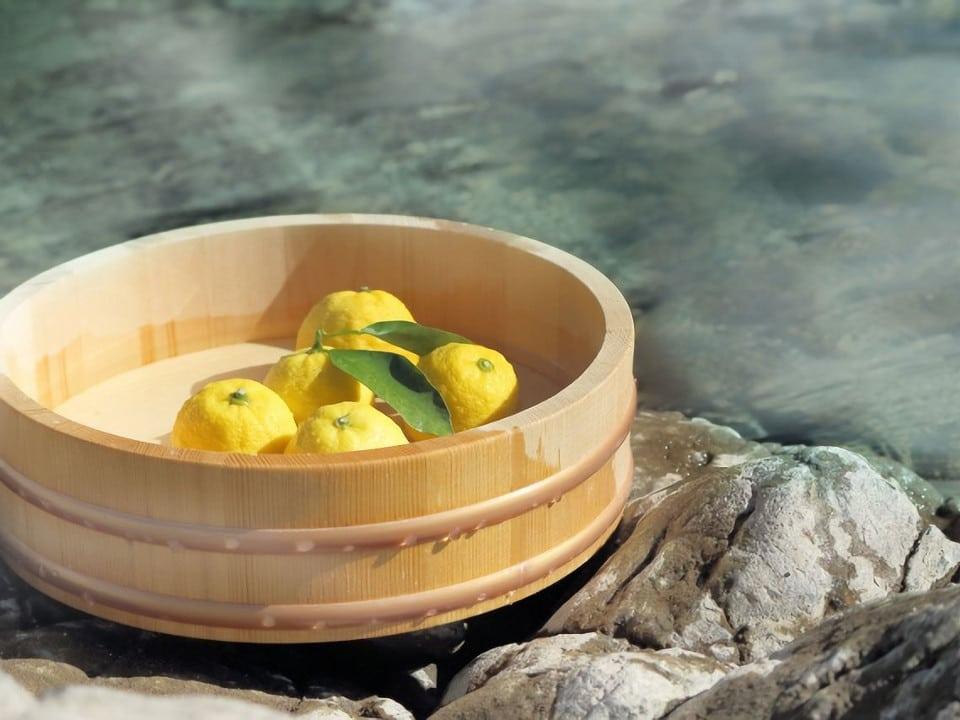 かぼちゃを食べてゆず湯に入る、冬至のあれこれ