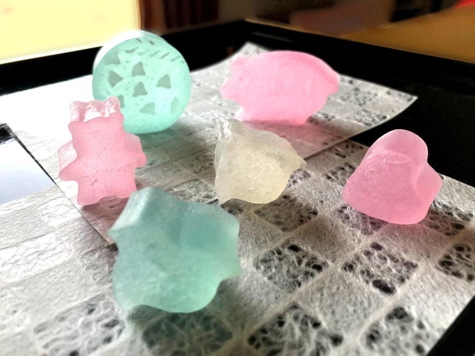 「食べる宝石」琥珀糖をちょっとしたお礼に